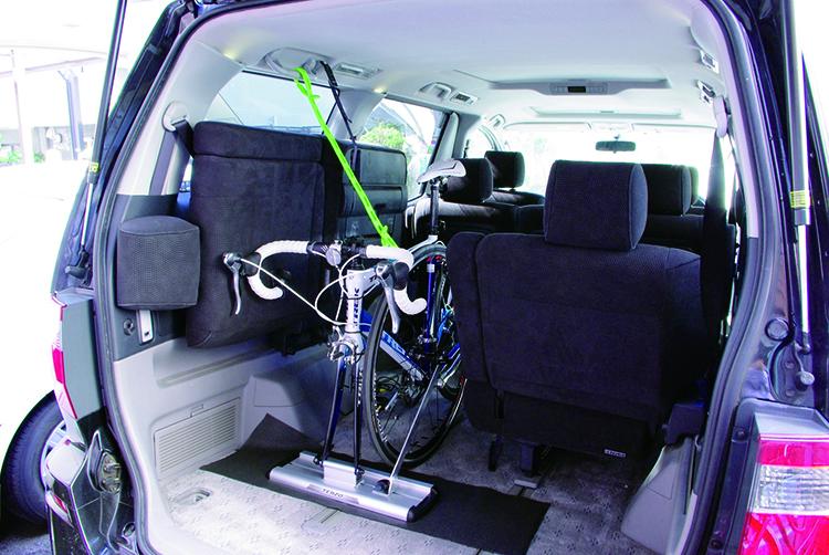 車内サイクル